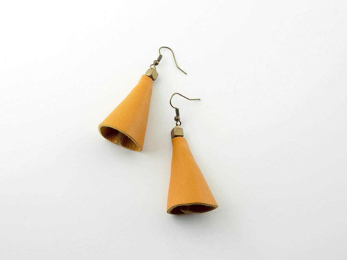 """Cones"" Σκουλαρίκια από δέρμα"